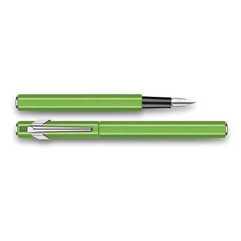 Caran d'Ache Füllhalter 849 lackiert Fluo grün; M-Feder