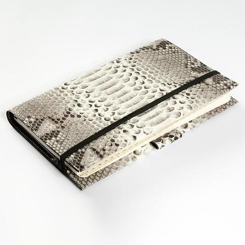 Undercover Python Leder schwarz-weiß für A5 Moleskine